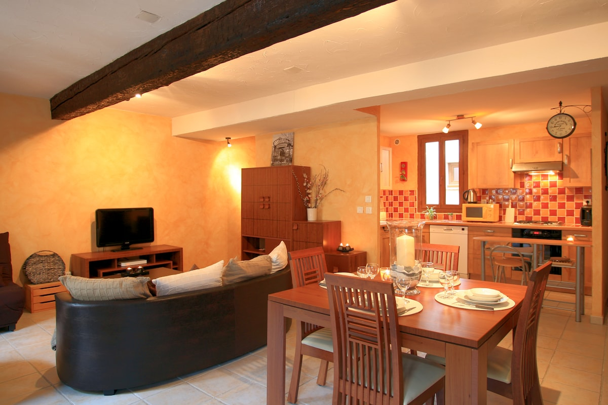 Lovely apartment in the heart of Carcassonne
