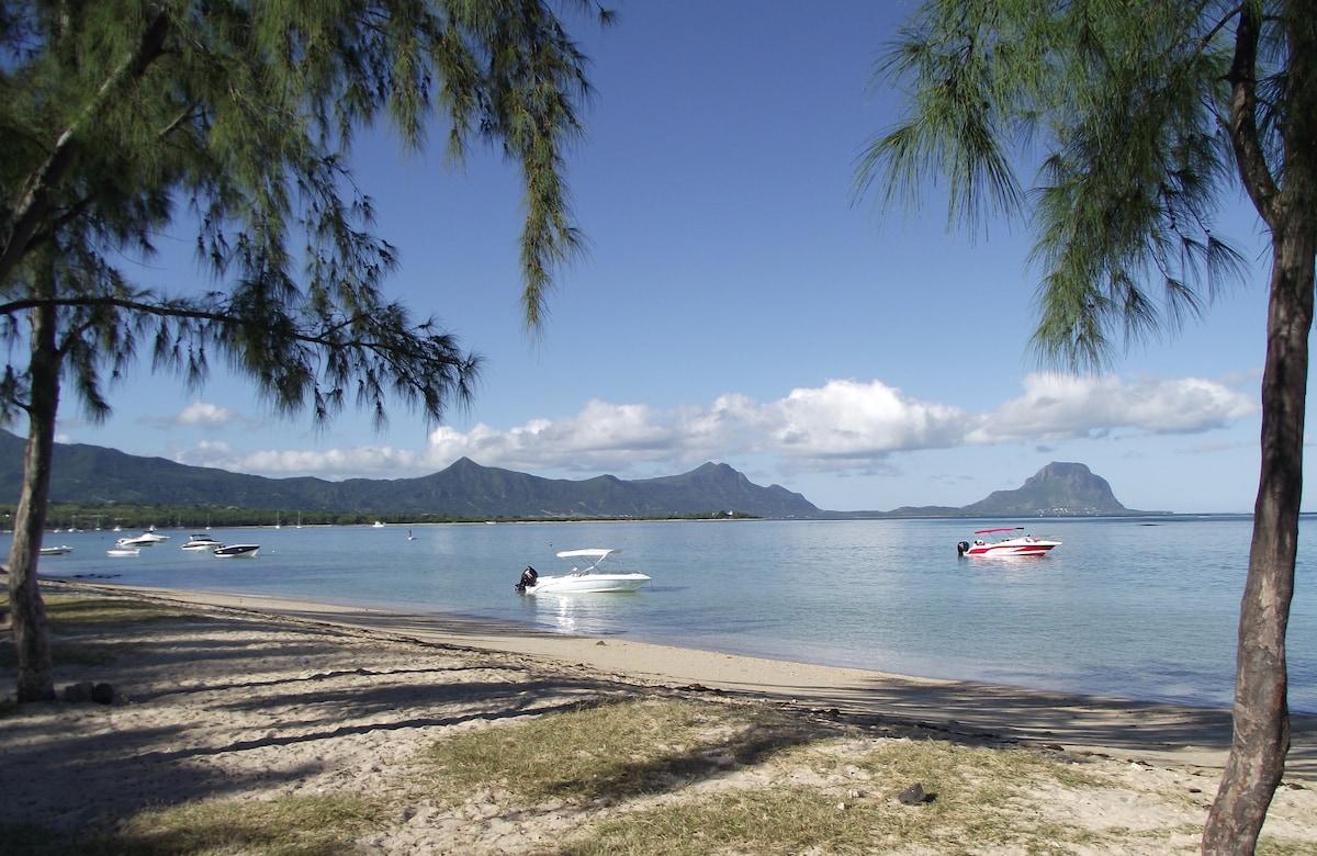 La Preneuse Public Beach
