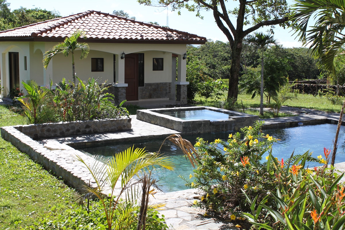 500 sq. ft. Casita ; 1 bath 1 bedroom ; full kitchen with full size appliances ; instant on-demand hot water.