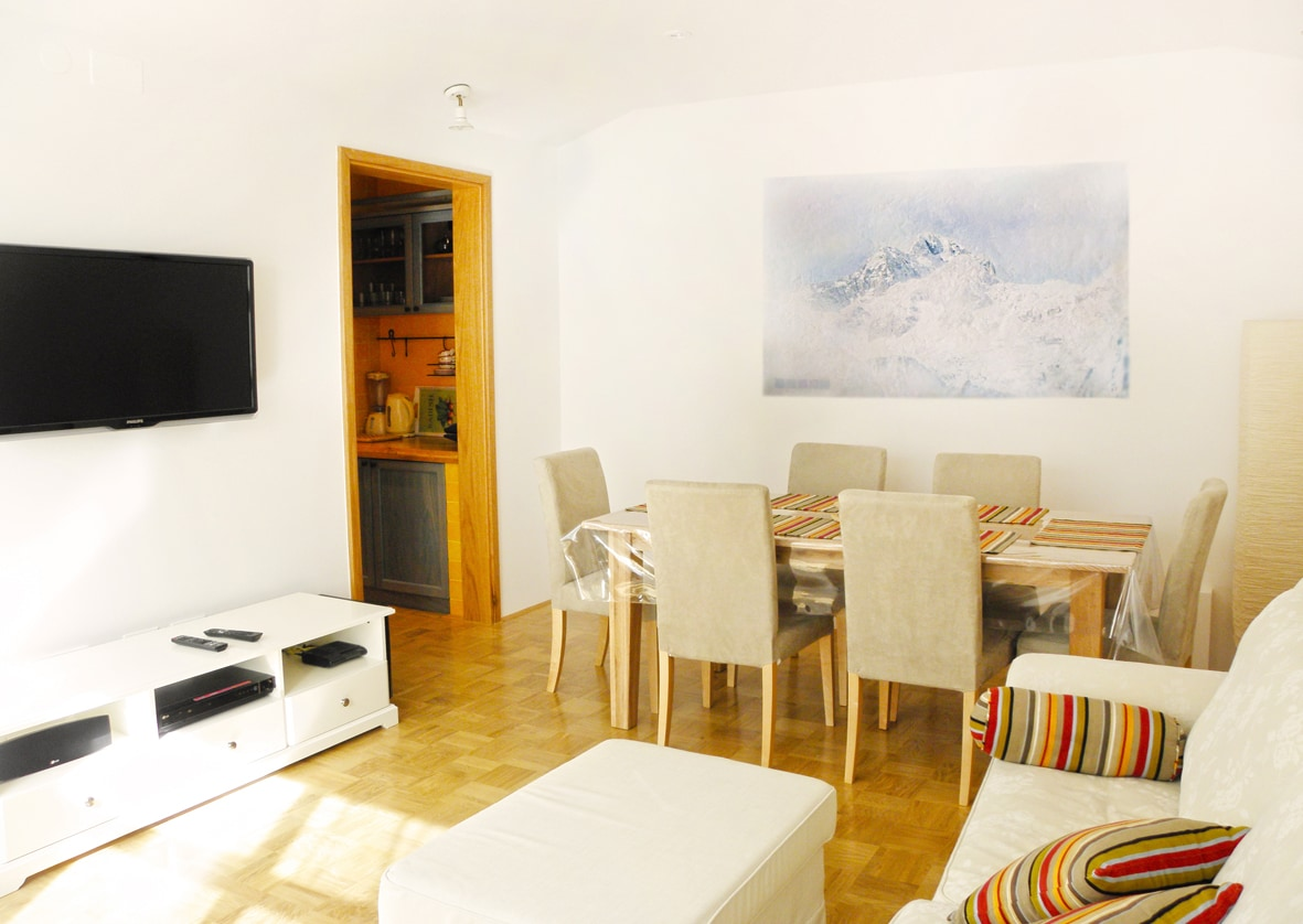 Živa apartment is a rather large apartment and accepts up to 6 persons. The apartment has LCD TV, DVD player, Wireless internet and CD player.