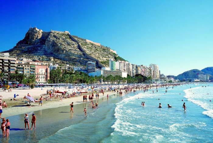 Apartment to rent in sunny Alicante
