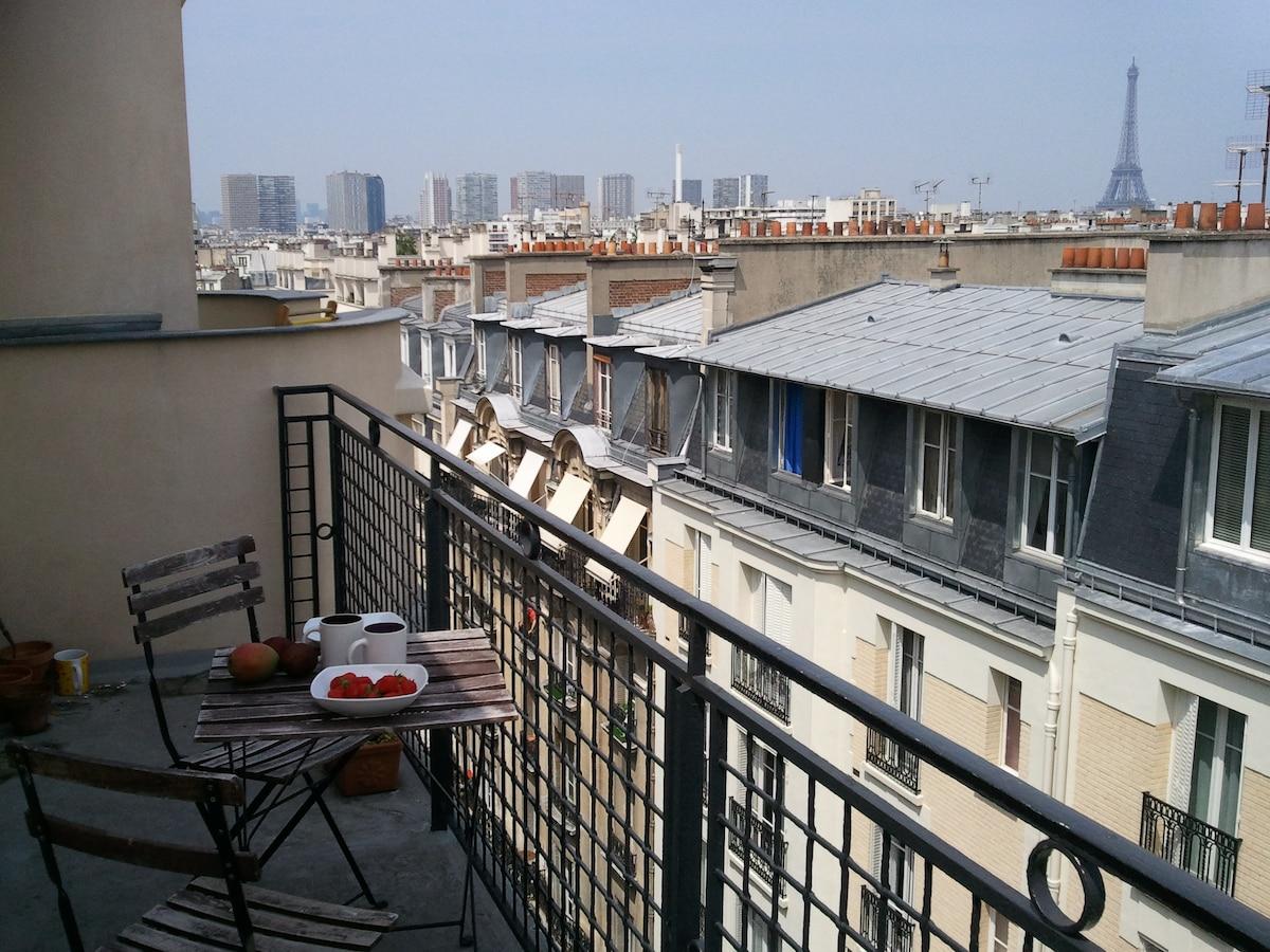Paris Studio 25m2 -Eiffel Tour view