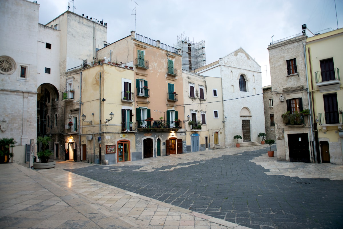 The tipical hearth of ancient Bari