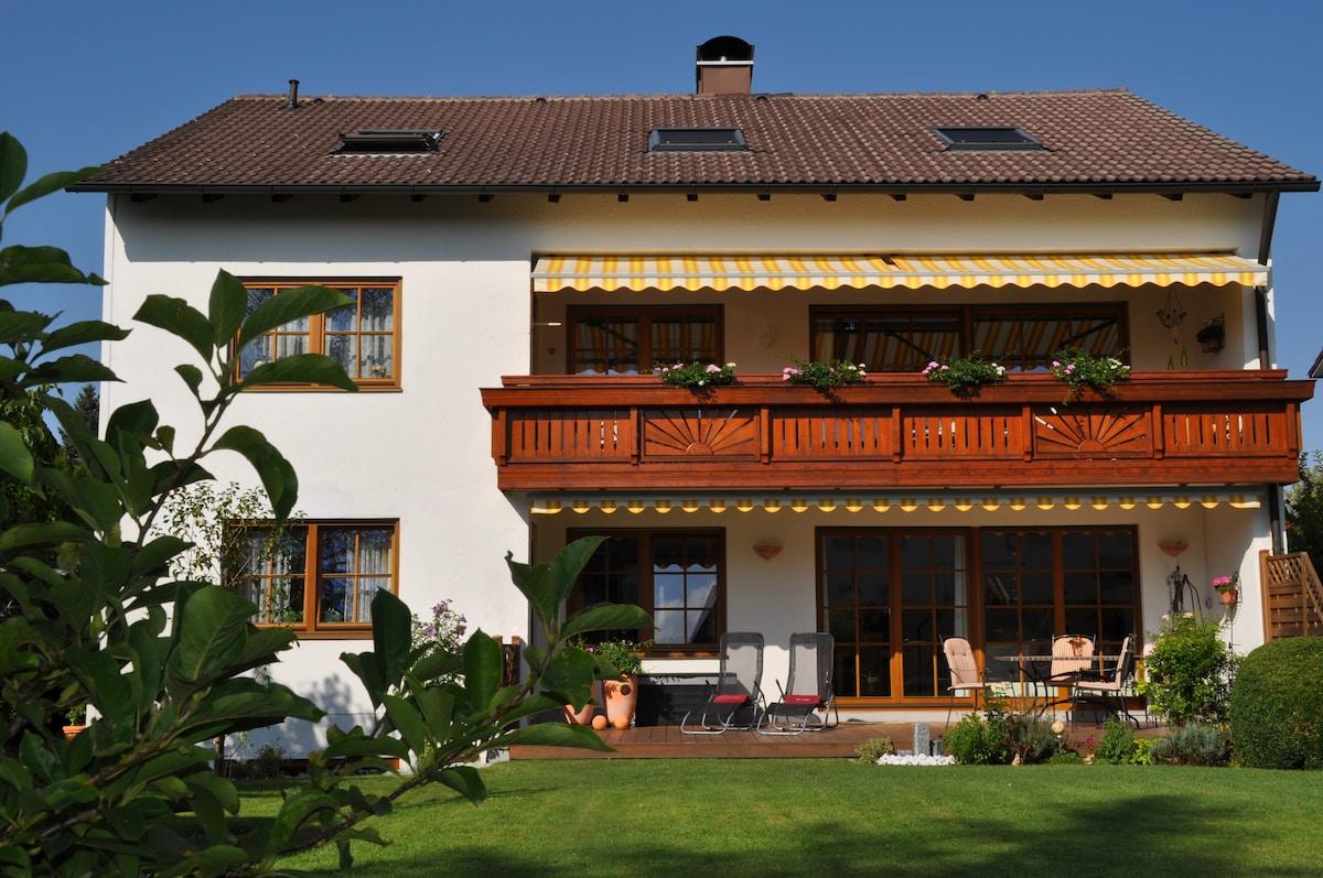 Ferienwohnung Villa Carina, Gauting
