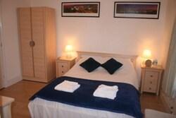 3 Double en-suite bedroom