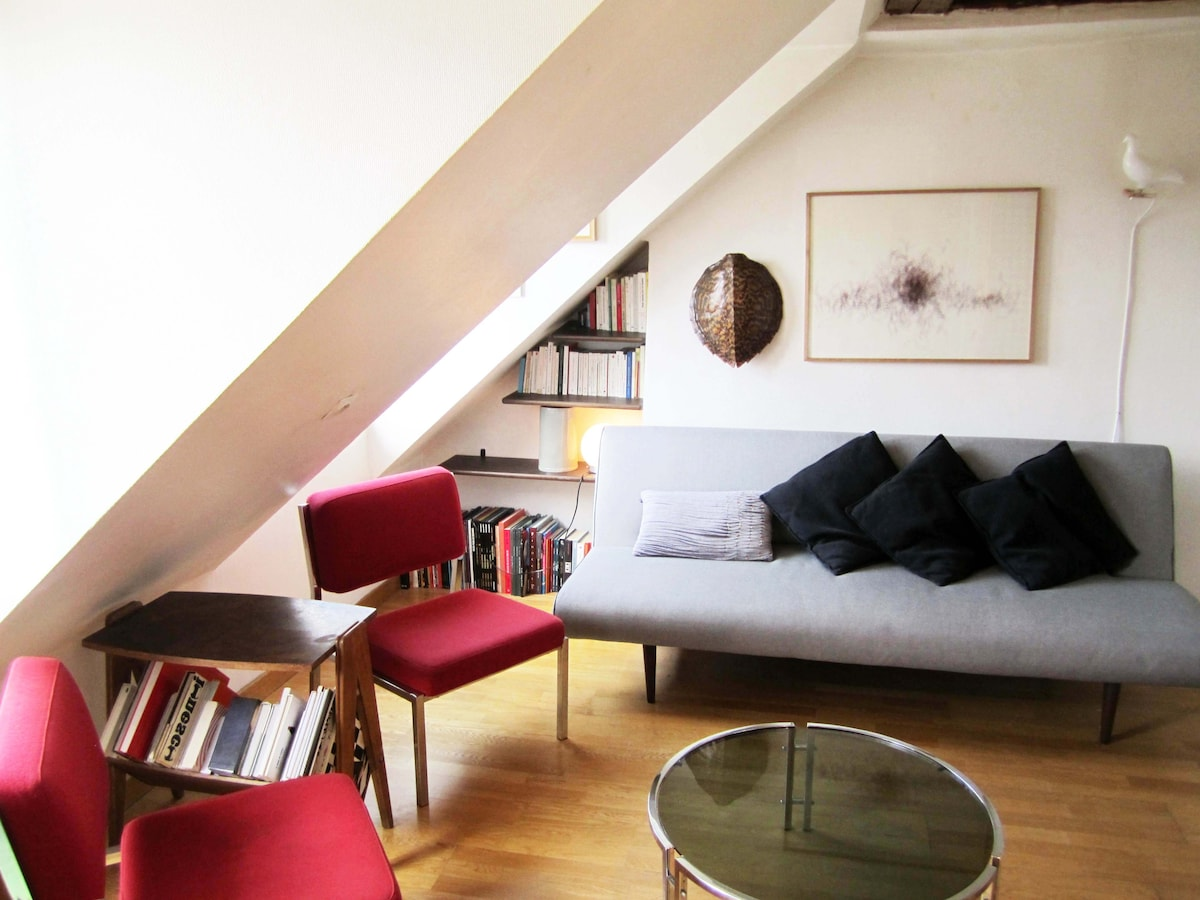 Cosy flat in hipster neighborhood