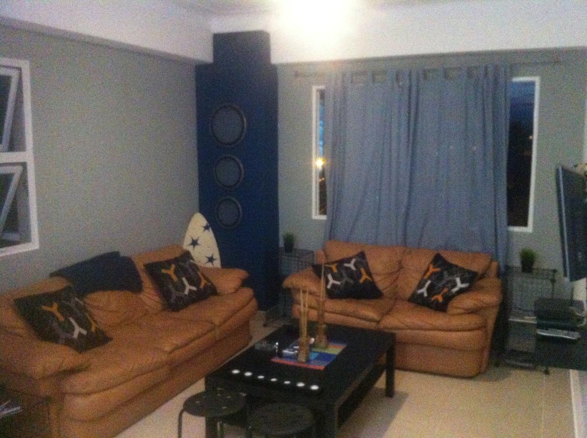 Room @ My Apartment in La Española