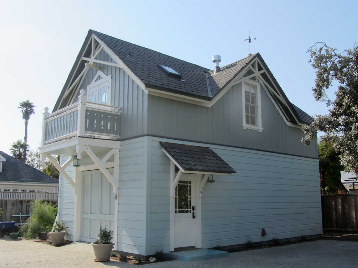 Carriage House on West Cliff Drive