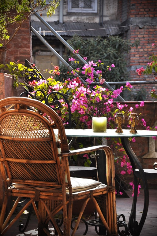The dining space of the roof terrace, directly outside the studio