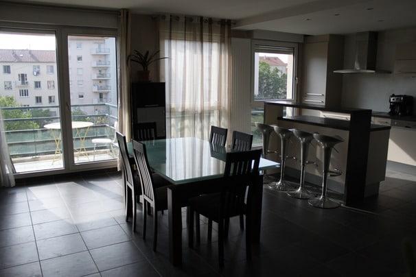 triple room in a big flat