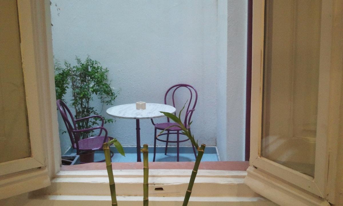 Nice apartment near the Museo Reina