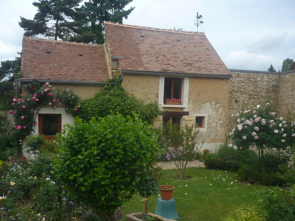 Burgundy Idyl Dollhouse Cottage