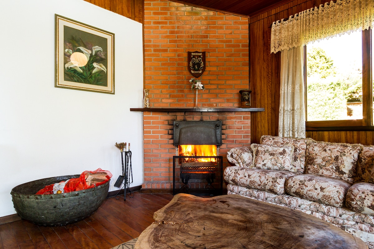 Linda casa com 5 quartos em Campos