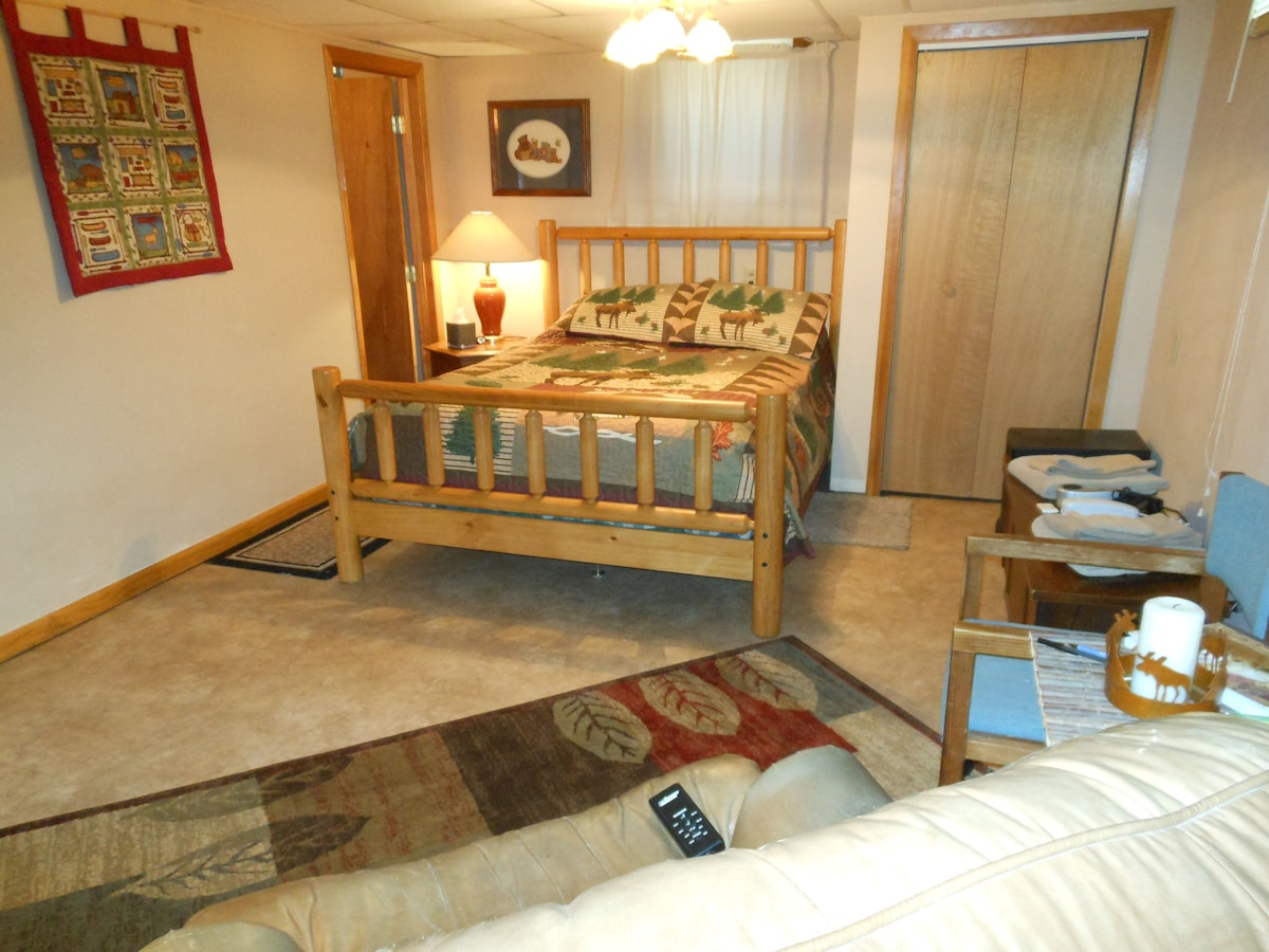 Up North Bedroom suite Duluth area