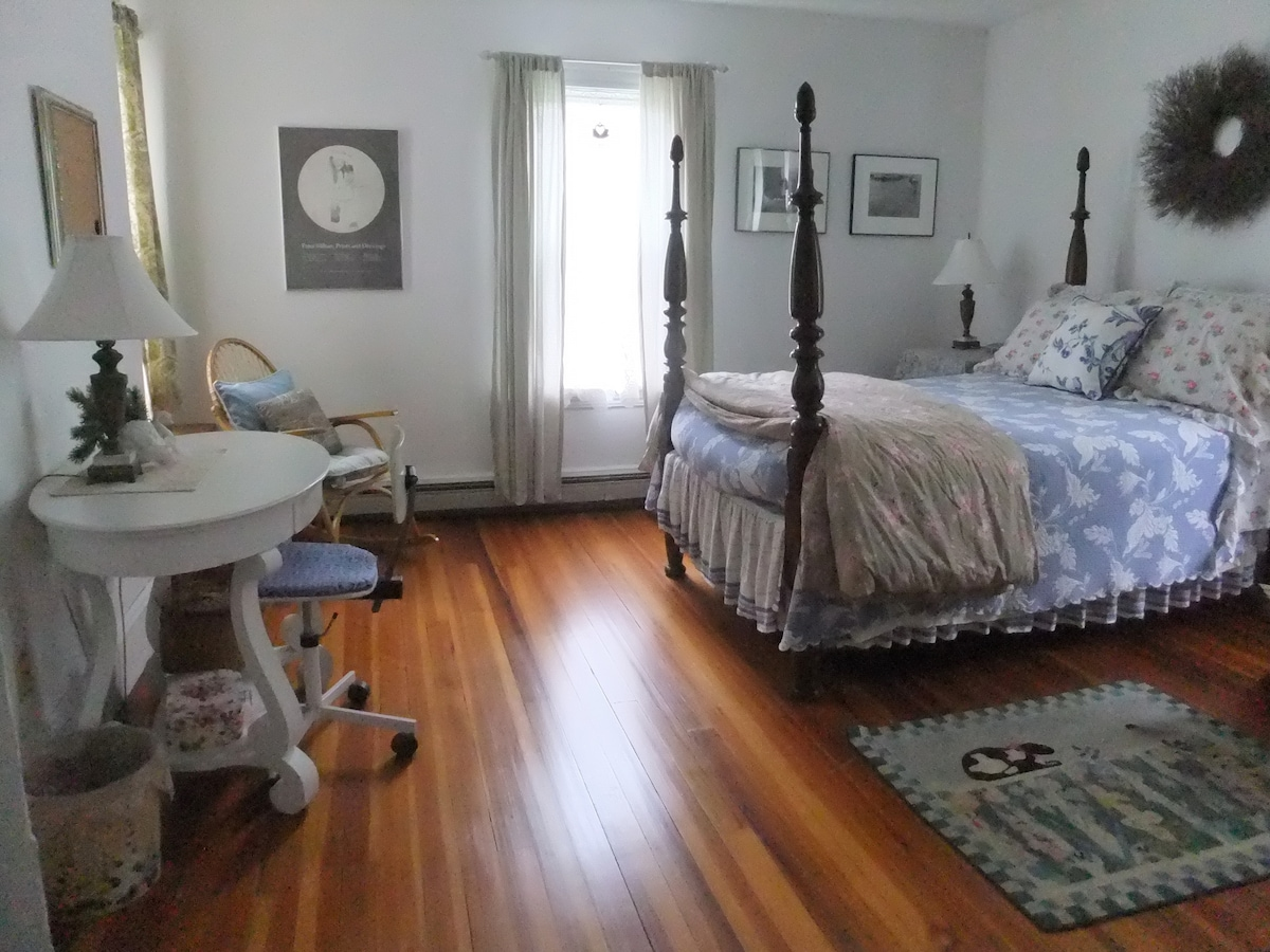 """Your "" bedroom. Not quite double bed. Trundle (website hidden) fridge for your convenience in the room."