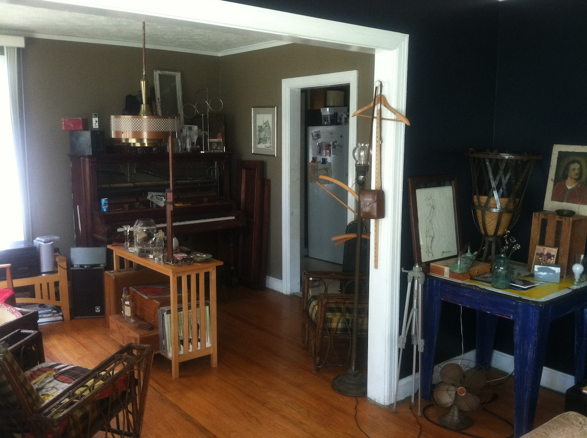 sitting area.. morning coffee or tea.. just off the kitchen.  beautiful furnishings and antique set dressings..