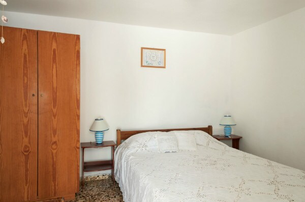 Andriani's Guest House, Single room