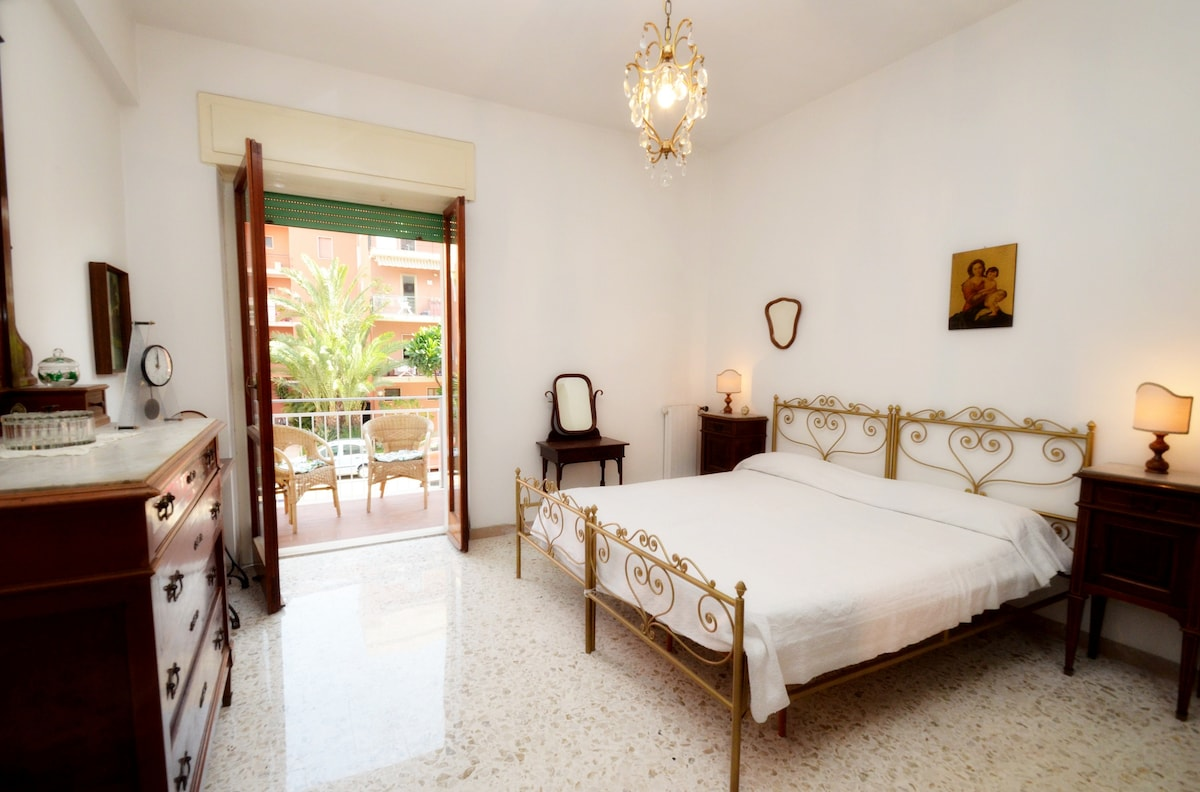 Sorrento Coast Apartment Lara