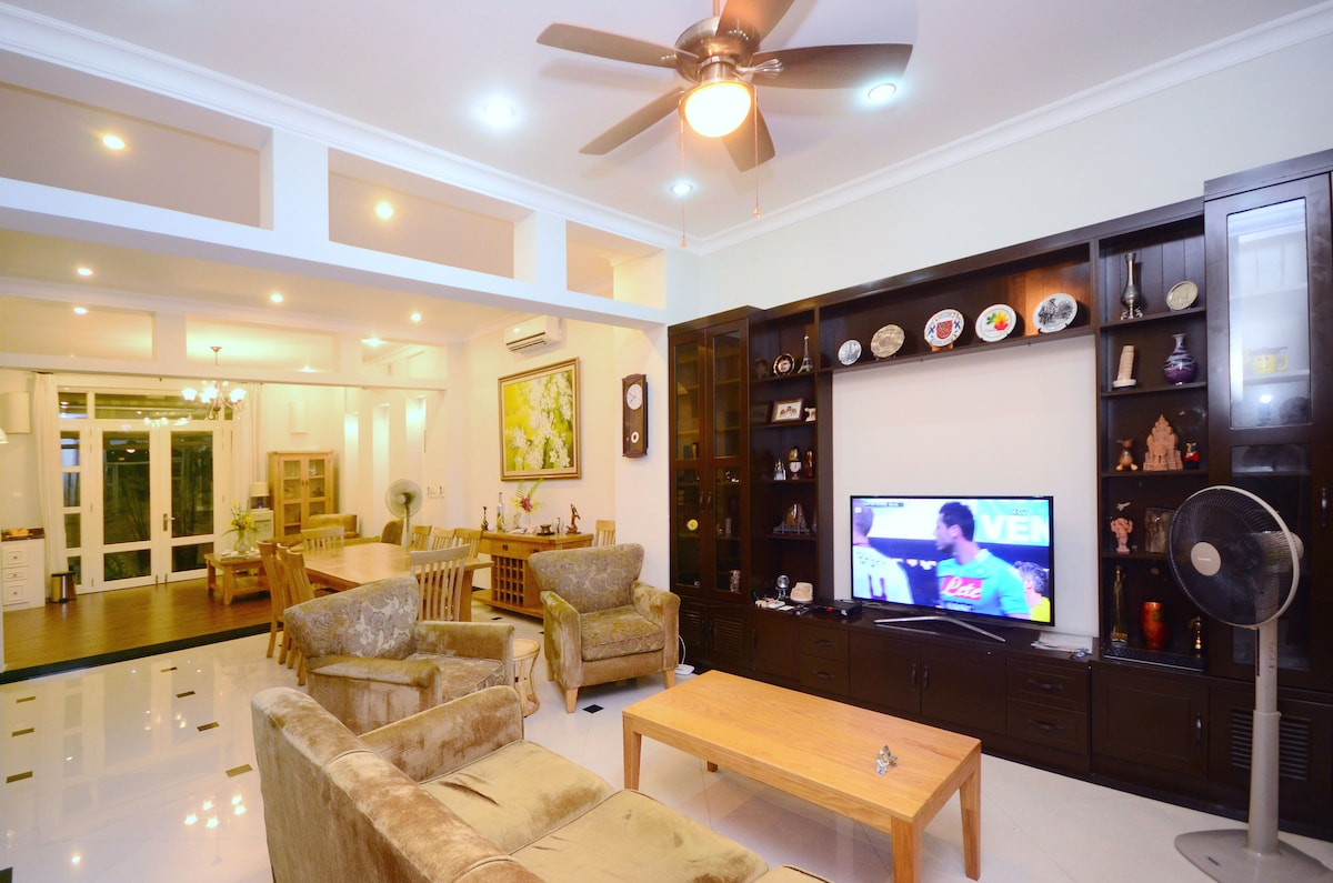 Living area includes open space of kitchen, dining and living rooms. Big groups usually all hang out together here