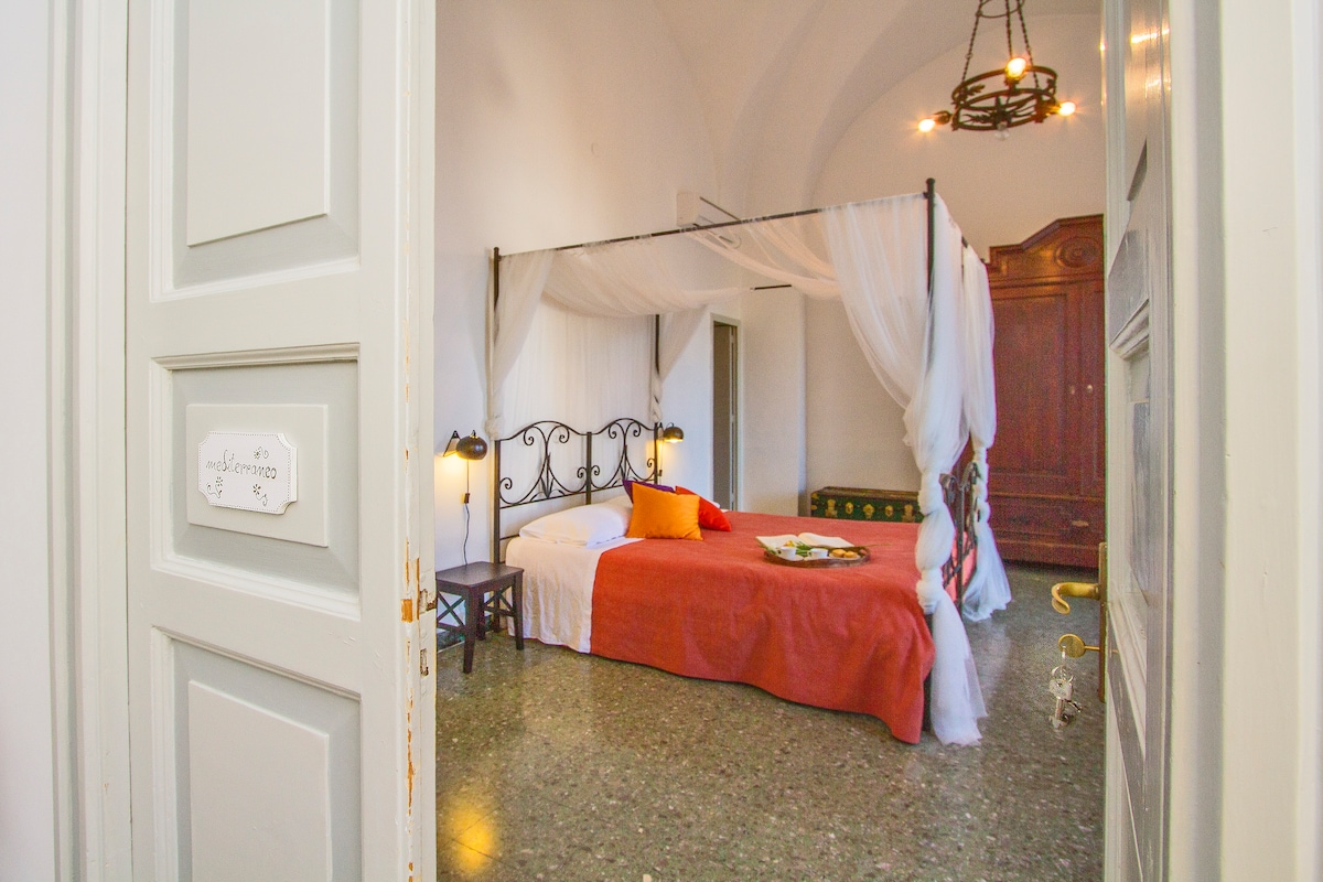 Charm suite with terrace in Lecce