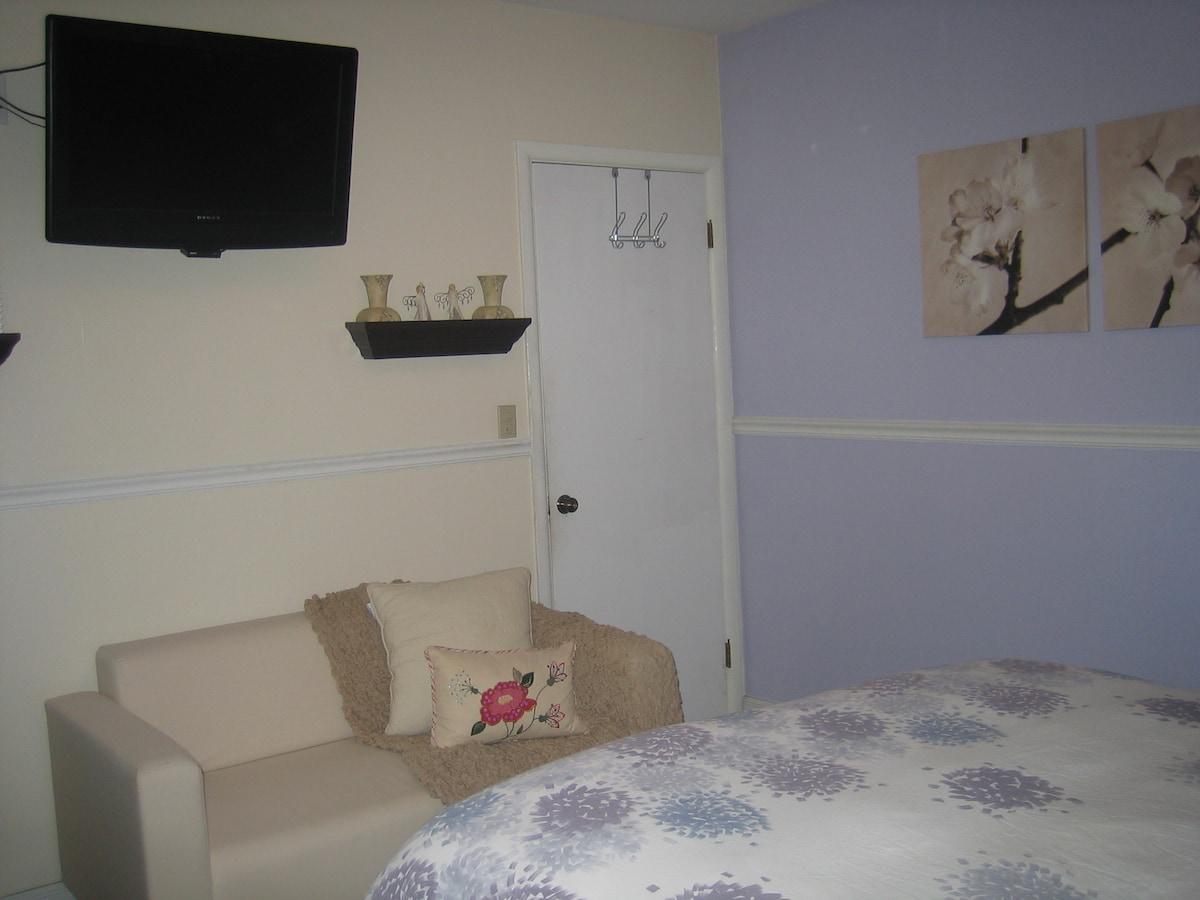 Killian Acre Angela Room