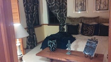 Luxurious Rooms @ Discount Rates