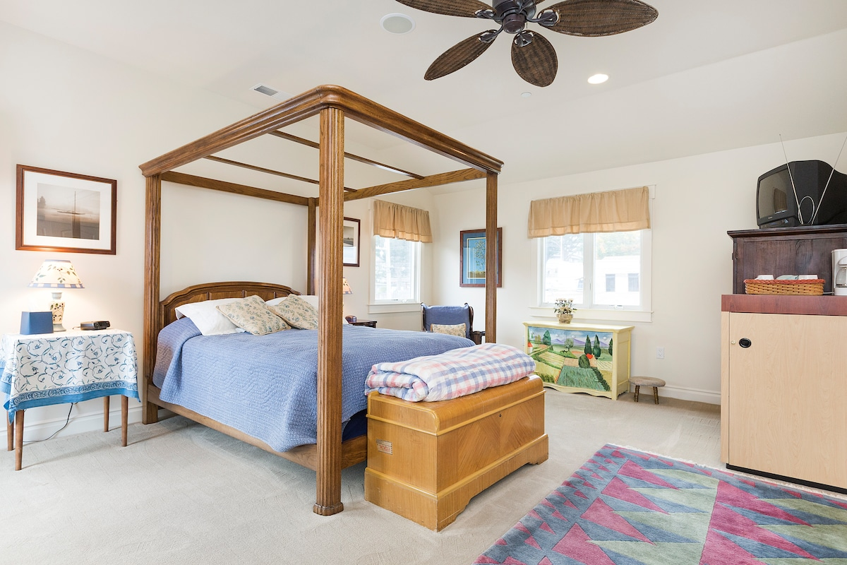 The Hayloft Room is bright and spacious with ocean views, private entrance and private deck.