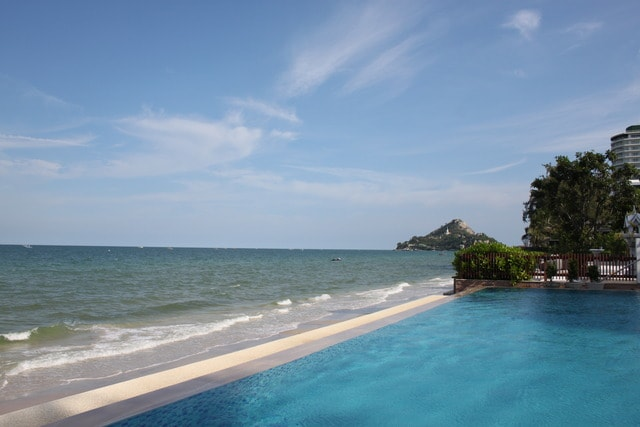 May-july offer! Luxury Huahin apt.