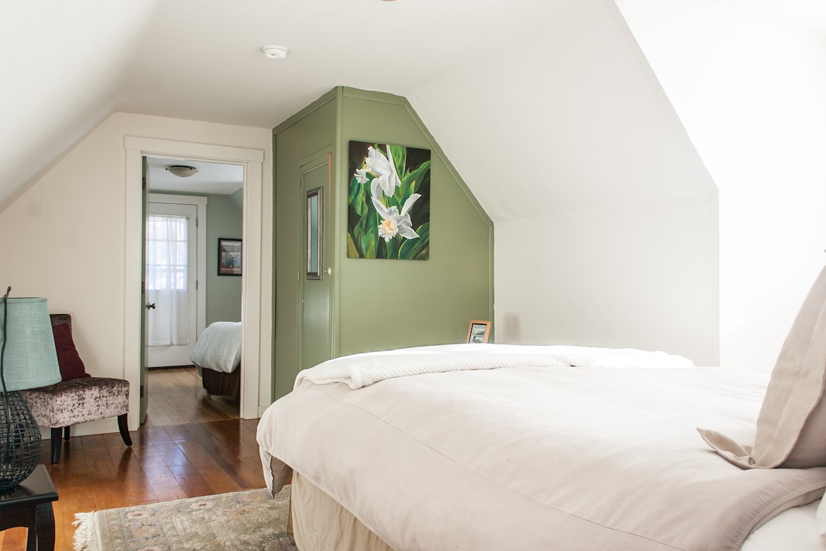The upstairs bedroom flows into the double twin room.  The third room also has its own entrance.