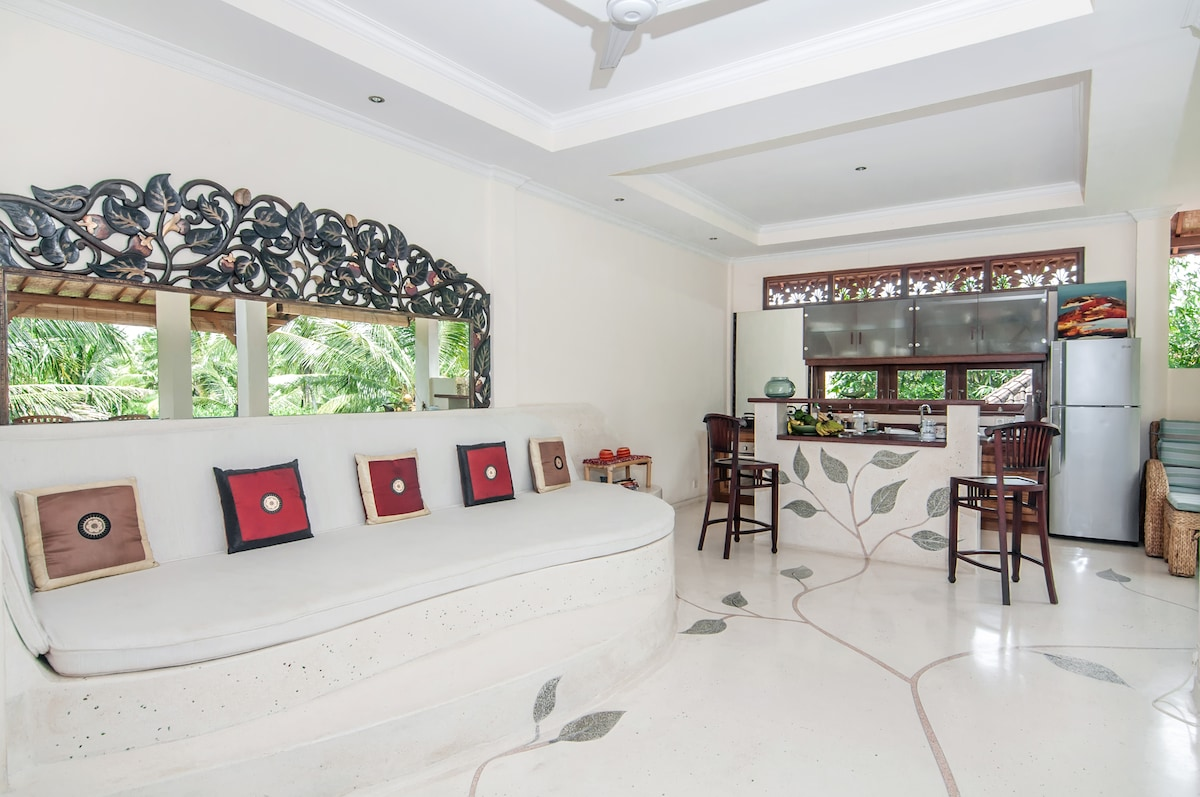 Living space in White Lotus