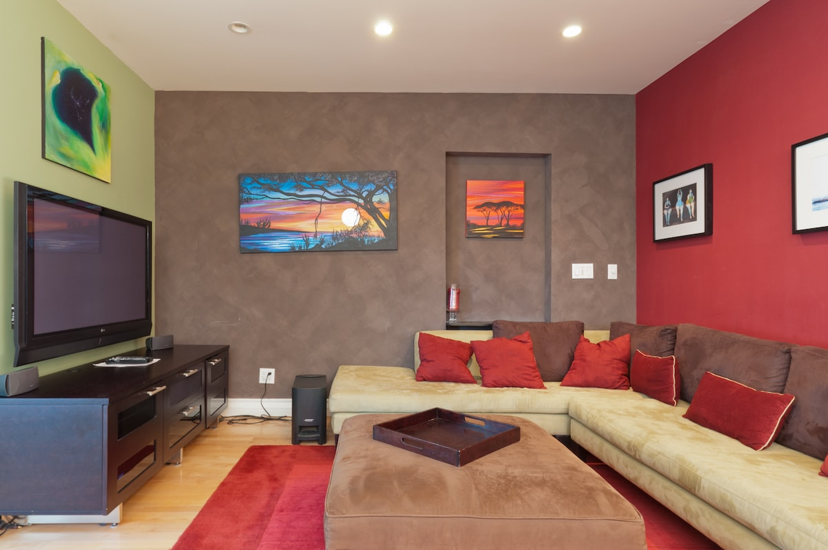 Living Room with 60 Inch Flat Screen TV