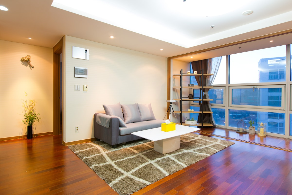 1BRAND NEW Seoul station cozy house
