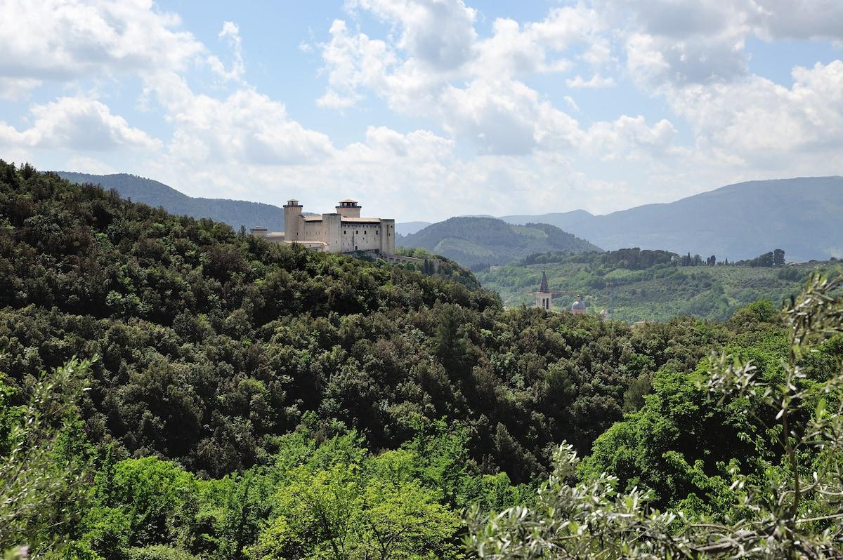 apt 2/4pax amazing view Spoleto
