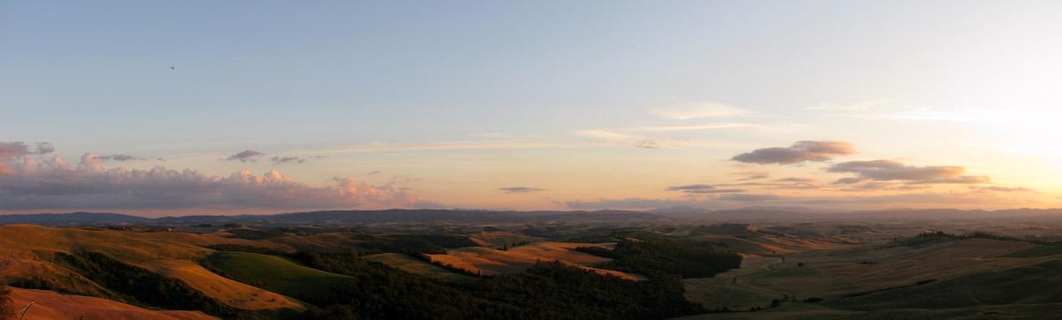 Crete Senesi sunset