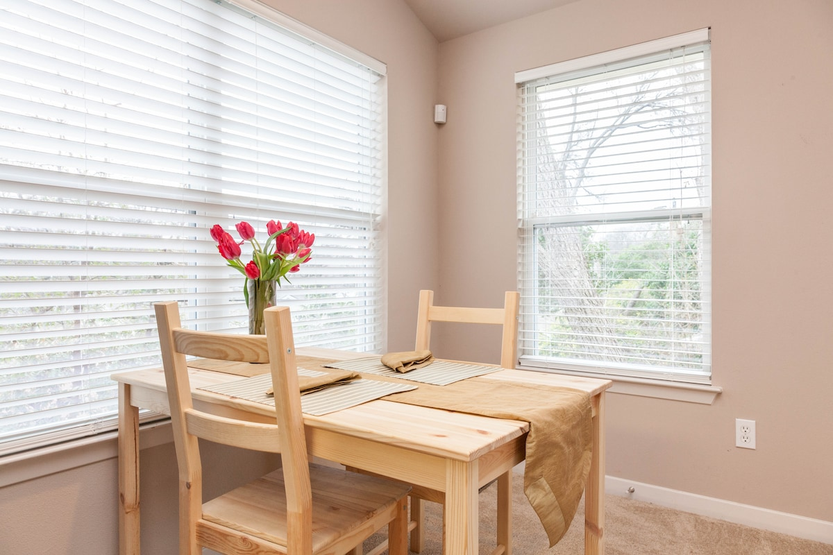 The breakfast nook provides a spot to eat.