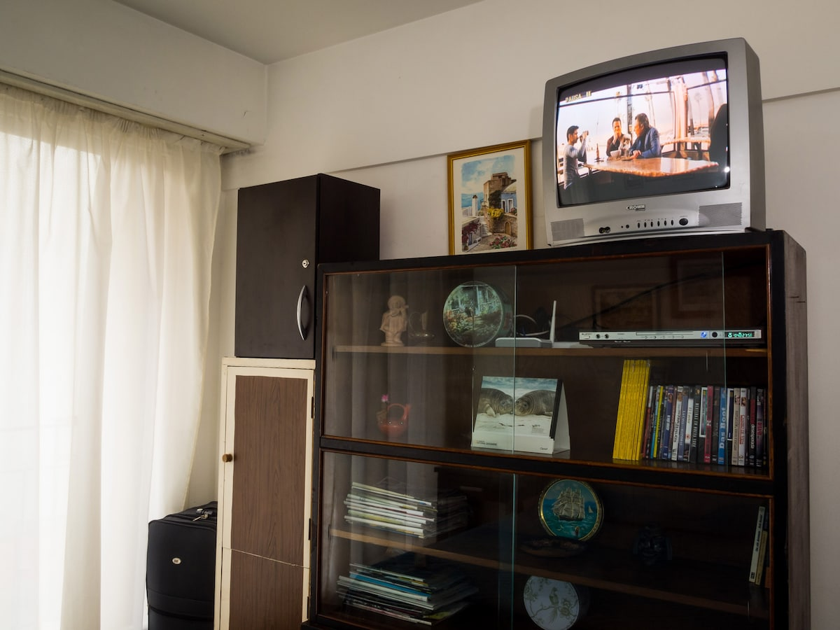 High-speed wi-fi internet, Netflix, Youtube, and 50 good DVD movies. You can also bring your own or buy them inexpensively from nearby shops.