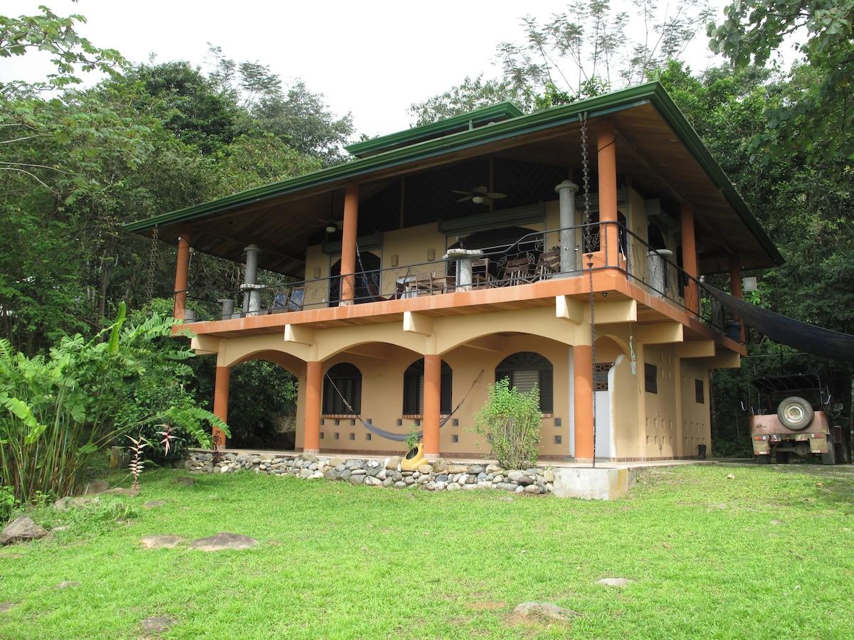 Casa Rica