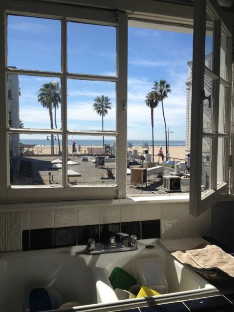 Ocean View Studio, 1 Block To Beach