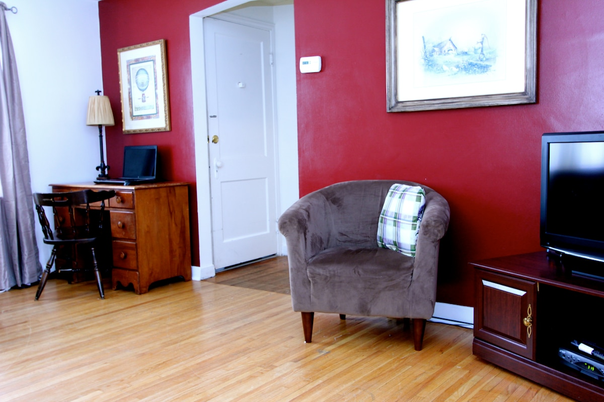 Colvin Meadows - right apartment
