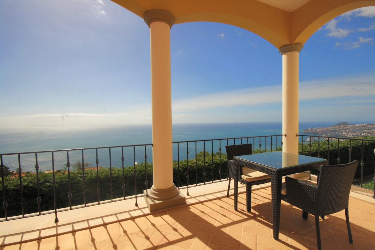 Private sea view one bedroom
