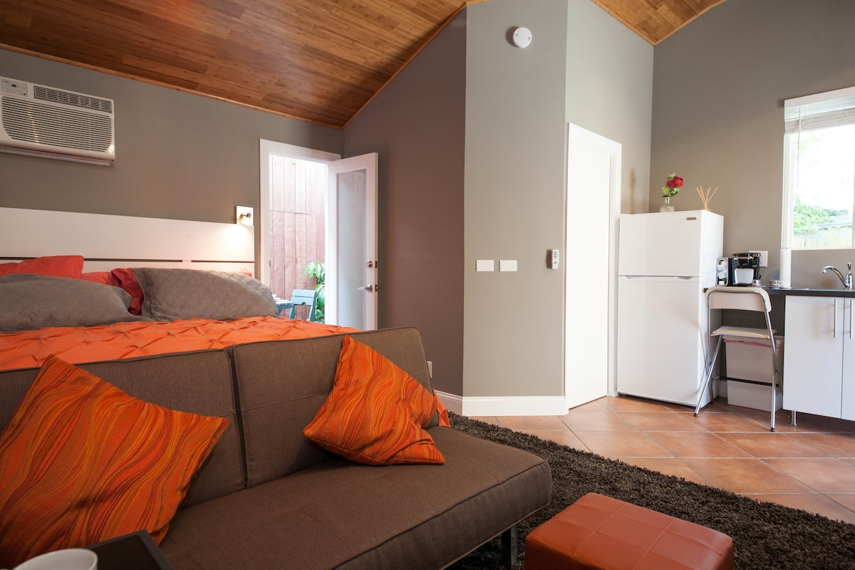 View of unit facing kitchen...bamboo ceilings...Air Conditioner