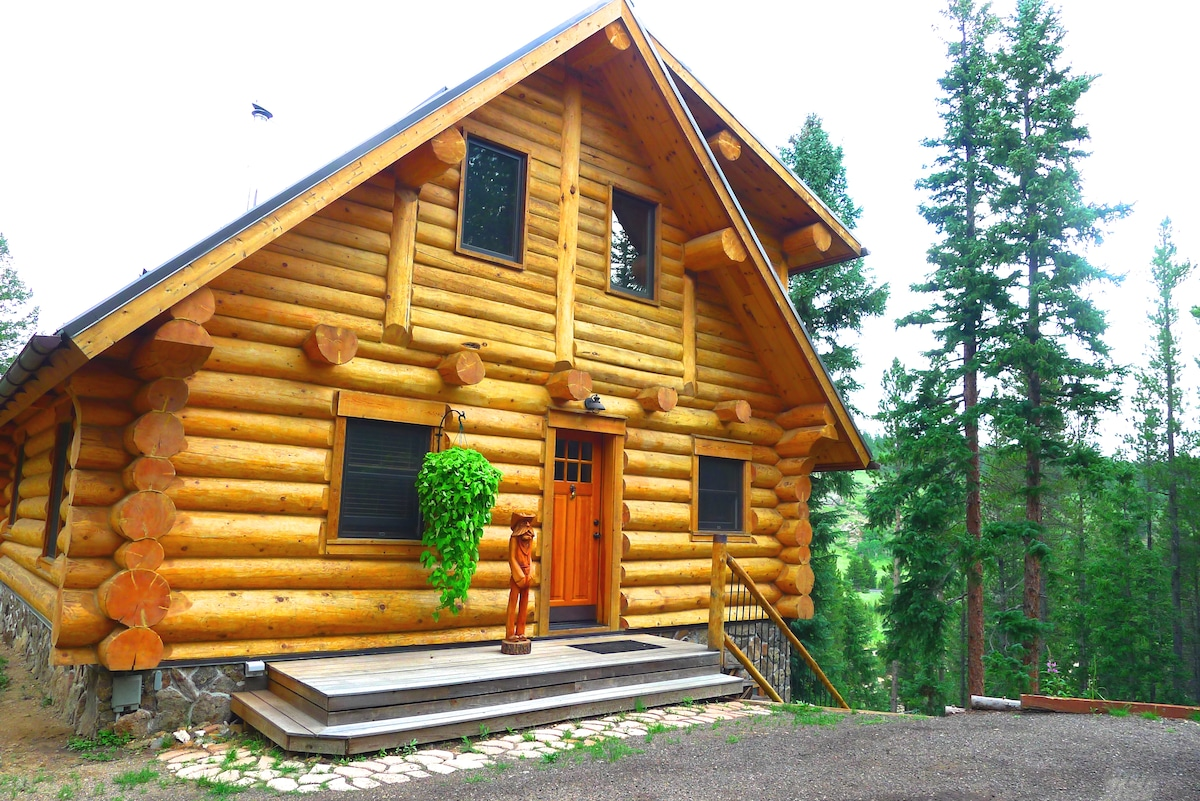 Romantic Getaway - Full Log Home
