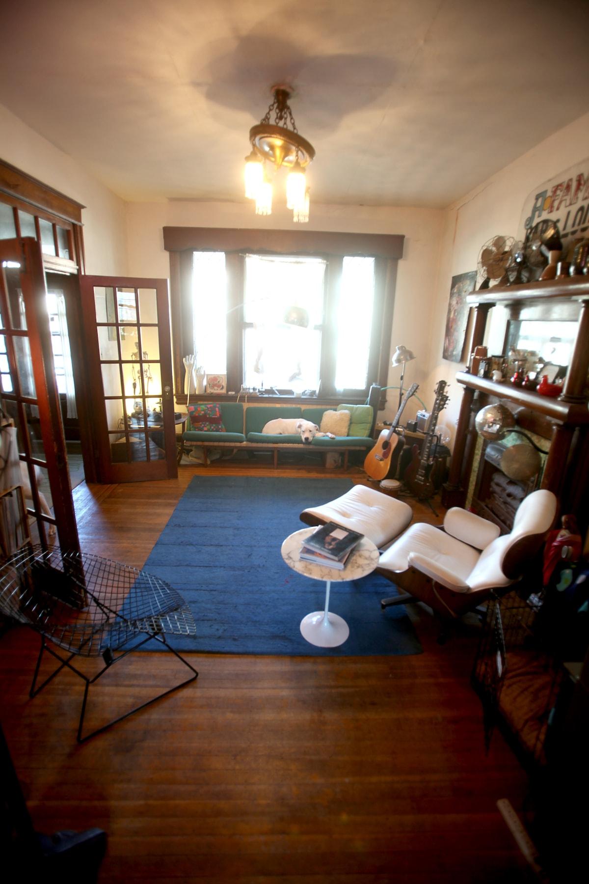 Parlour/ Music Room.