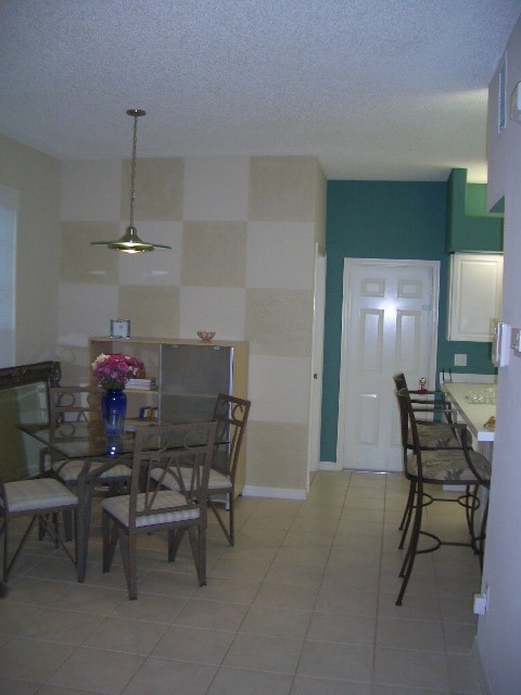 Dining area and counter seating