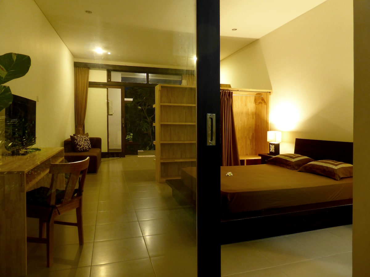 Perfect studio for Bali-Traveles, who like to stay some weeks or months