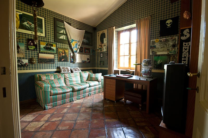 Room + studio in Villa