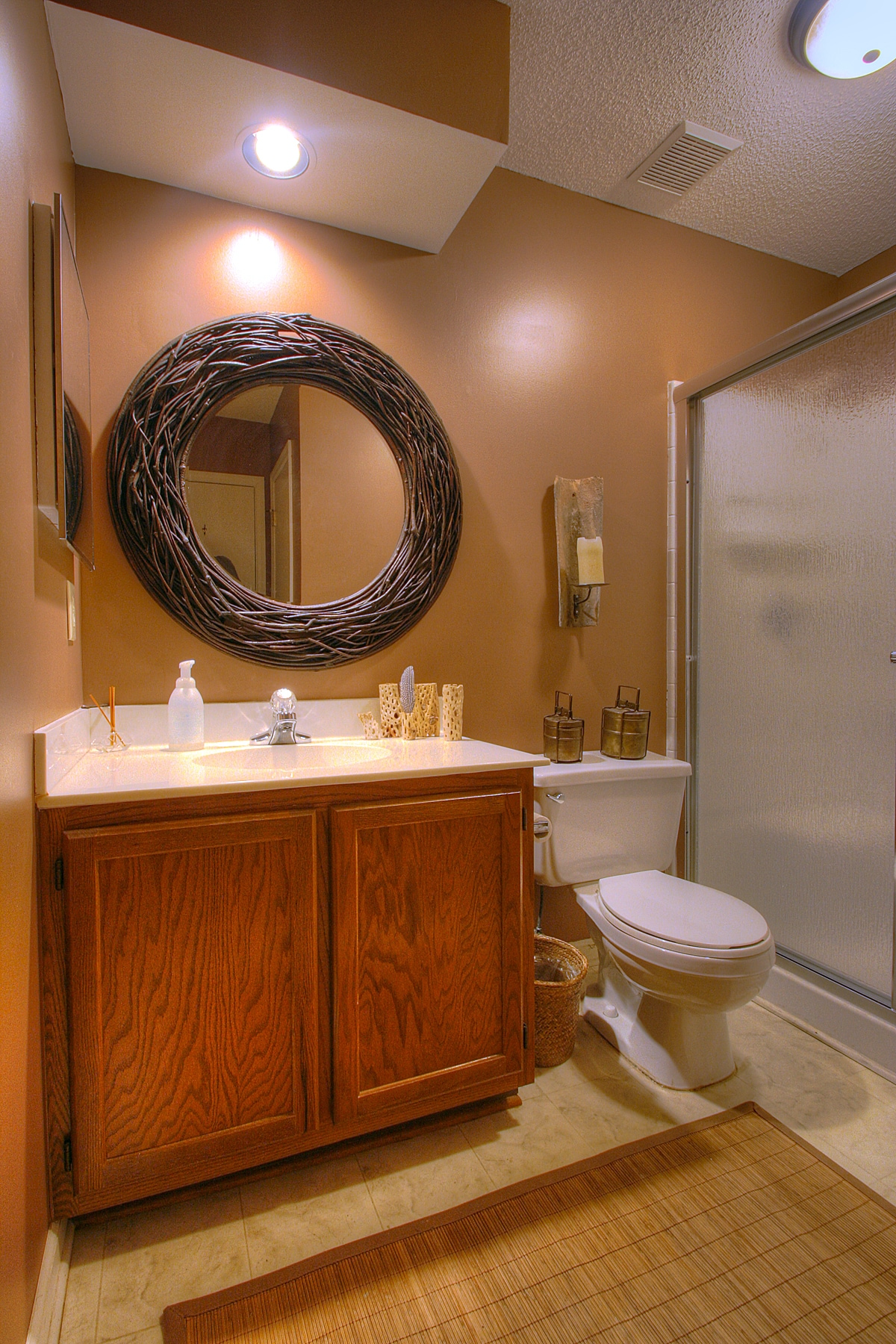 Guest Bathroom - view from hallway entry (directly across hallway from full Guest Bedroom 1)