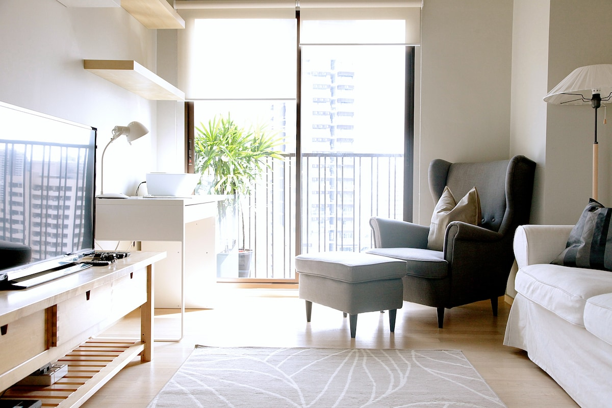 Bright and cosy apartment at 'Sukhumvit 26'.