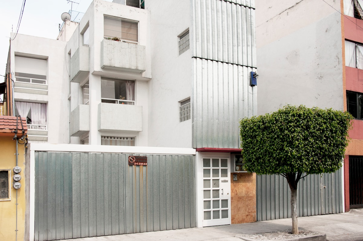 2 bed room flat near from Coyoacan
