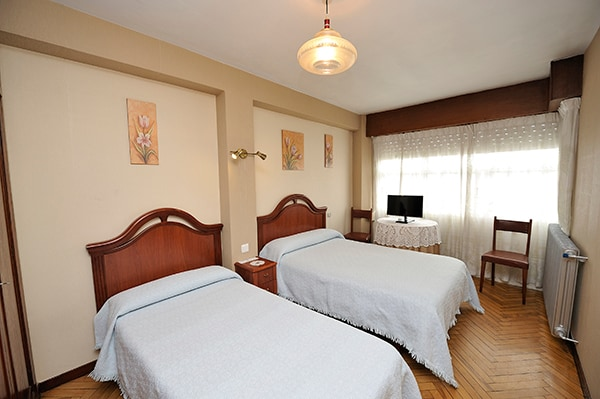 DOUBLE ROOM IN HISTORICAL CENTER